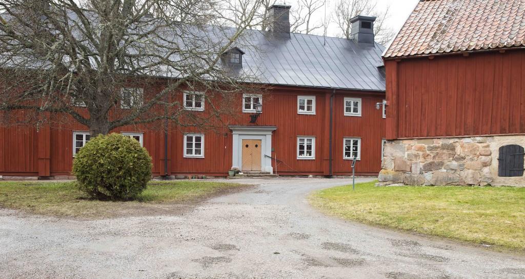 Strömsholm Husen strax väster om slottet